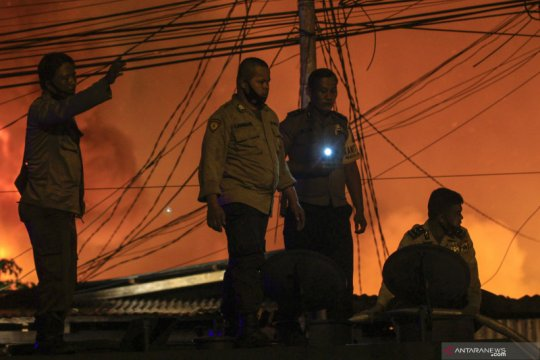 Polisi selidiki penyebab kebakaran di Dok IX Jayapura