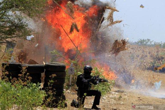 Personel Paskhas TNI AU latih pertahanan Lanud El Tari