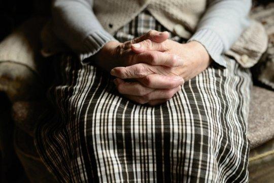 Empat langkah pencegahan pneumonia pada lansia