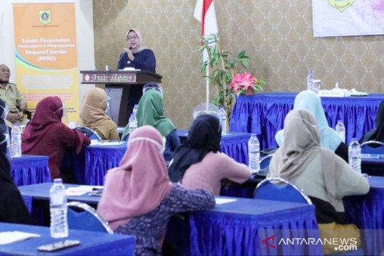 Ade Yasin ingin perempuan Kabupaten Bogor 'melek' politik