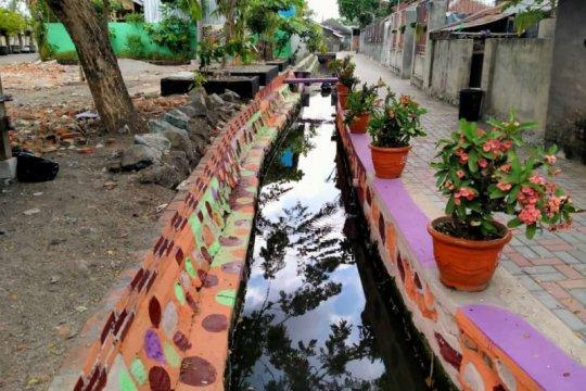 Komunitas Koikotaku Mataram tata saluran jadi habitat ikan koi