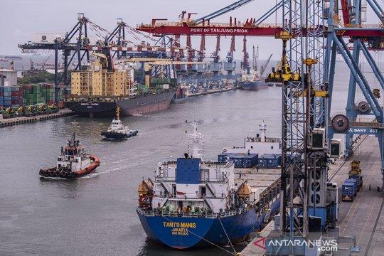 BMKG prakirakan hujan ringan di pelabuhan di Jakarta
