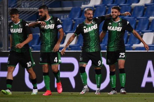 Sassuolo yang kian perkasa bisa puncaki klasemen Serie A