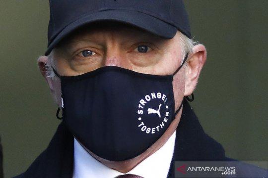 Becker tak mau serahkan trofi Grand Slam untuk lunasi utang