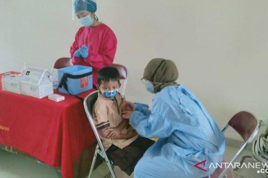 Pademangan Timur targetkan 1.720 siswa ikut imunisasi