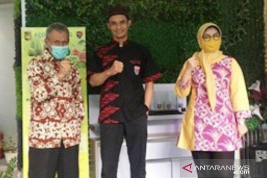 "Kolaborasi Unpak Bogor dan Batik Dayatri hasilkan motif ""new normal"""