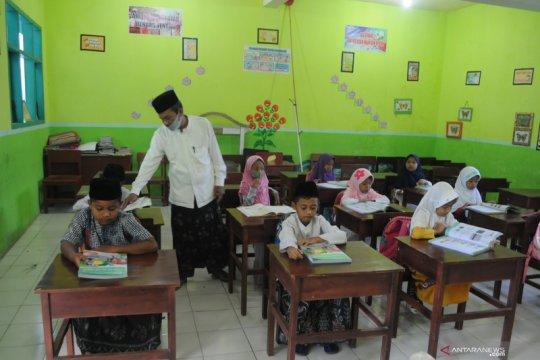 Kemendikbud: Guru akan tetap ada dalam formasi CPNS
