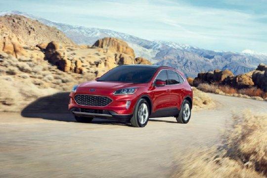 "Ada risiko kecelakaan, Ford Escape dan Transit Connect kena ""recall"""