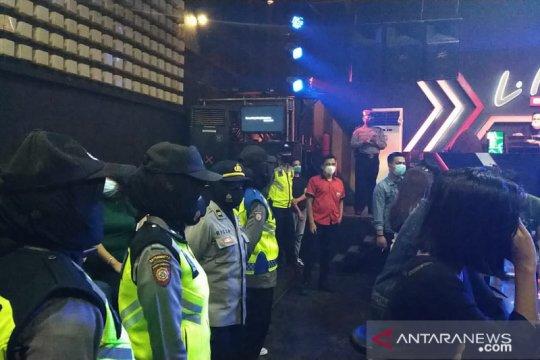 Polresta Padang berikan himbauan protokol kesehatan di tempat hiburan