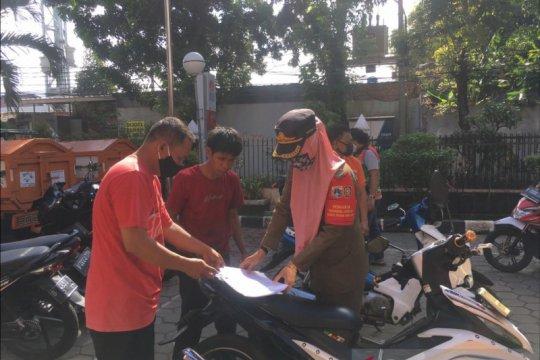 Bau bangkai di Jalan Raya Munjul bersumber dari limbah jagal anjing