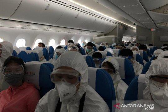 China dapat 18 kasus impor baru, penerbangan dari Indonesia aman