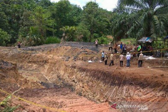 Polres Muara Enim tetapkan tiga tersangka tewasnya11 pekerja tambang