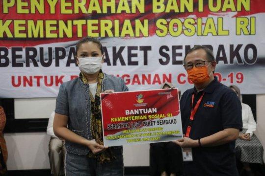 Kemensos salurkan bansos bagi ribuan karyawan hotel di Bandung
