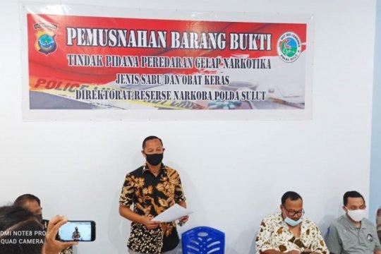 Ditresnarkoba Polda Sulut musnahkan barang bukti 26,86 gram sabu-sabu