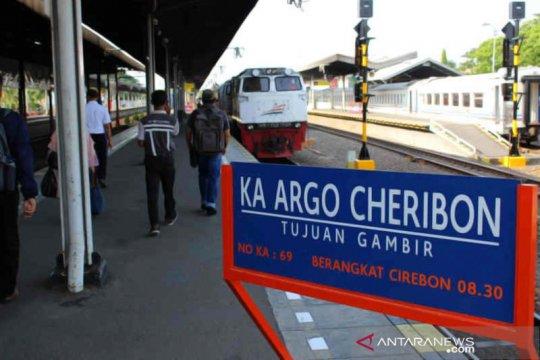 KAI Cirebon sebut ada 53 perjalanan kereta libur panjang akhir pekan