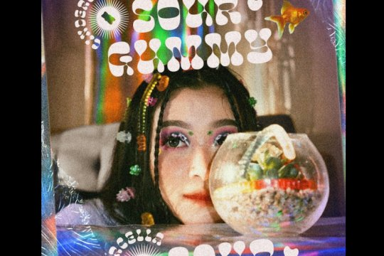 "Cindercella rilis lagu perdana ""Sour Gummy"""