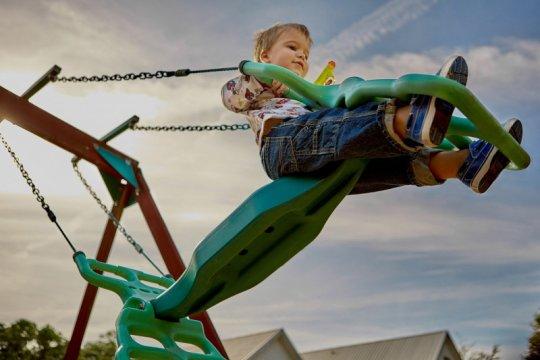 Rekomendasi aktivitas fisik anak , termasuk saat akhir pekan