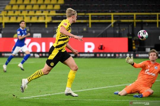 Dortmund menangi Derby Lembah Ruhr setelah pukul Schalke 3-0