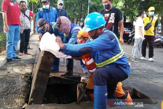 Jaksel giatkan kerja bakti untuk cegah banjir