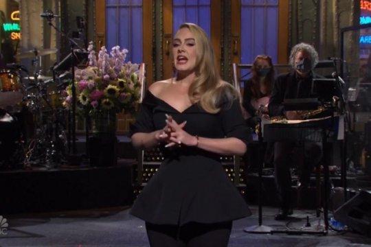 Penampilan terbaru Adele saat jadi host SNL