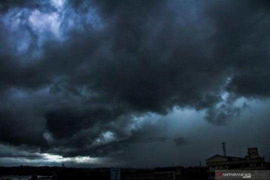 Modifikasi cuaca tak cegah hujan presisten dinihari ekstrem Jakarta