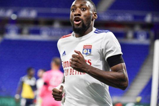 Toko Ekambi cetak dua gol saat Lyon cukur Monaco 4-1