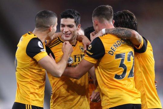 Murphy selamatkan Newcastle dari terkaman Wolves