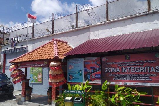 Positif corona, 40 WBP dan petugas Lapas Perempuan Denpasar diisolasi