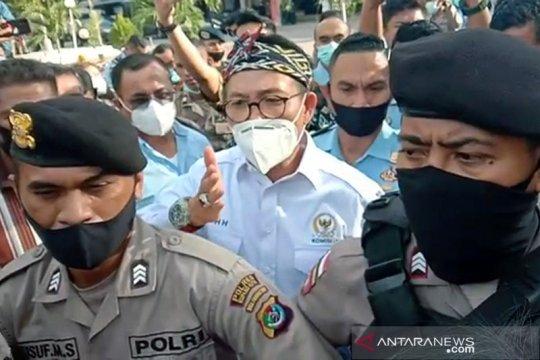 Komisi III DPR minta Kejati NTT tangguhkan penahanan Jonas Salean