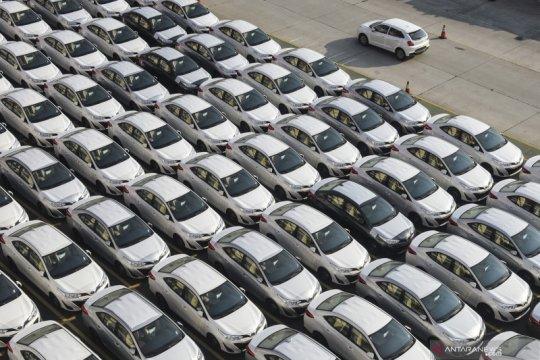 Laba bersih otomotif Grup Astra merosot 70 persen