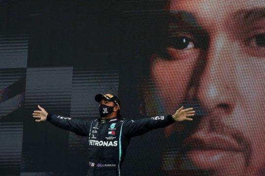 Bak bermimpi, Hamilton tak percaya ia pecahkan rekor kemenangan di F1