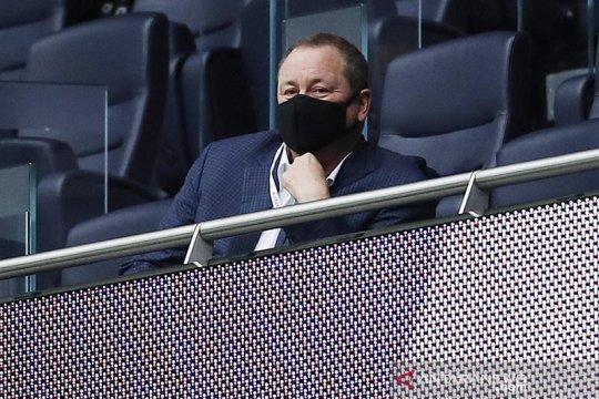 Bos Newcastle Ashley minta Liga Premier tinjau penetapan harga PPV