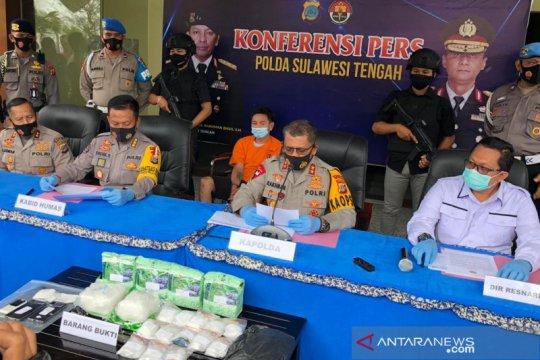Polisi tembak pembawa sabu-sabu 7,3 kilogram lintas pulau masuk Palu