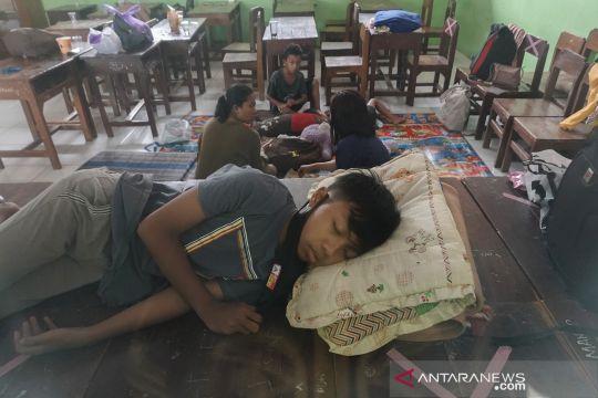 Pengungsi korban banjir Cilacap