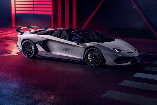 """Lamborghini """"recall"""" Aventador SVJ karena kerusakan suspensi"""