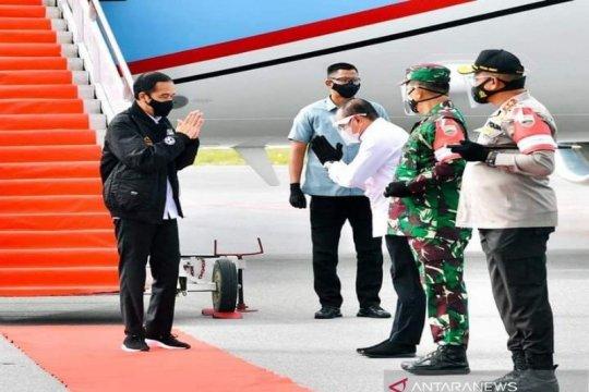 "Tiba di Silangit, Jokowi langsung ke lokasi ""food estate"" Humbahas"