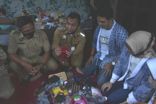 Kerajinan masker asal Batang tembus pasar Malaysia