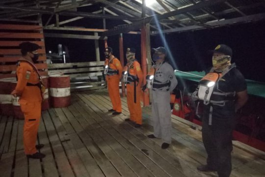 Tim SAR cari dua pemain voli yang tenggelam di Sungai Sambas Besar