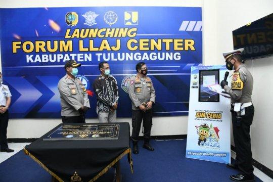 Kakorlantas resmikan Forum LLAJ Center di Tulungagung