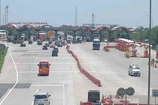 Polisi alihkan kendaraan berat ke jalur non tol antisipasi kepadatan