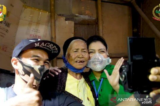 Istri Kasad tinjau progres renovasi rumah Nenek Rokhimah