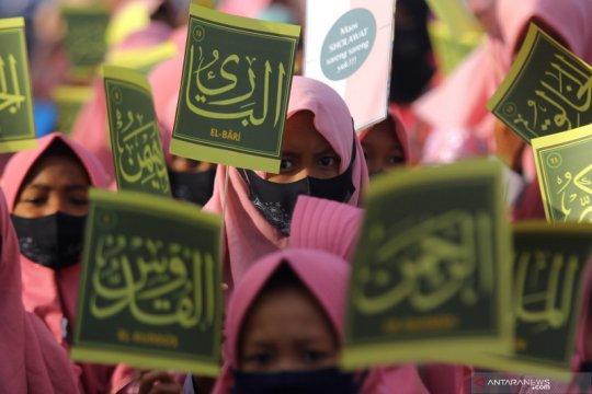 Pawai menyambut Maulid Nabi Muhammad SAW