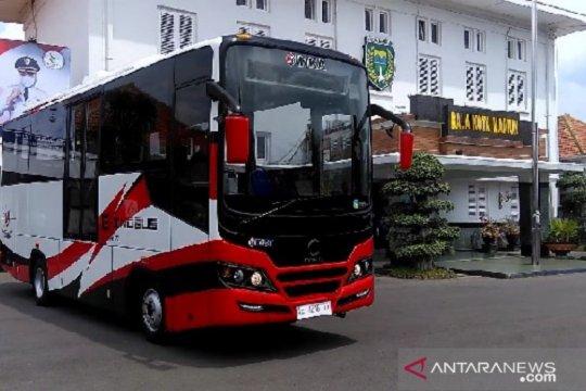 Kemarin, stok BBM aman hingga bus listrik anak bangsa