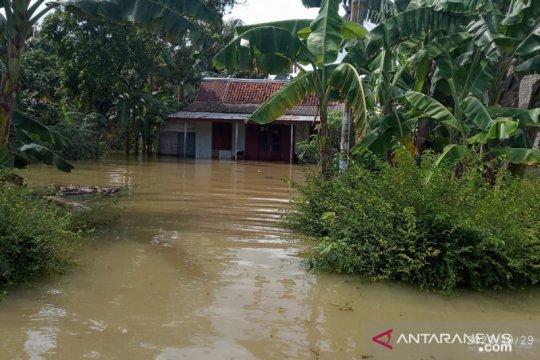 BNPB: Pengungsi banjir Cilacap bertambah jadi 613 jiwa