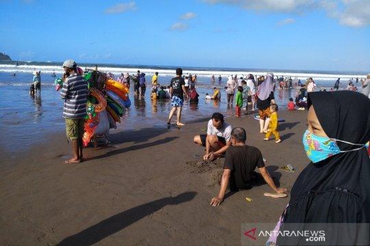 Reservasi hotel di Pantai Pangandaran naik untuk liburan akhir tahun