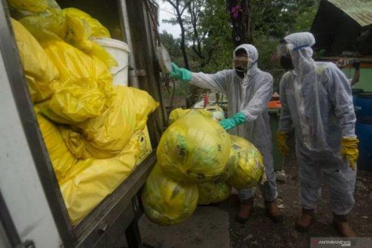 DLH DKI berhasil tangani 860 kilogram limbah masker rumah tangga