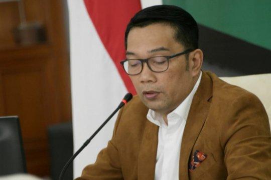 Kang Emil sebut 100 orang reaktif usai tes cepat di tempat wisata