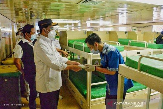 Terapkan protokol kesehatan, Menhub apresiasi petugas Tanjung Priok