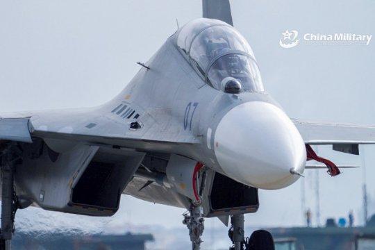 Pesawat  AU Taiwan bermanuver lagi setelah China berlatih militer