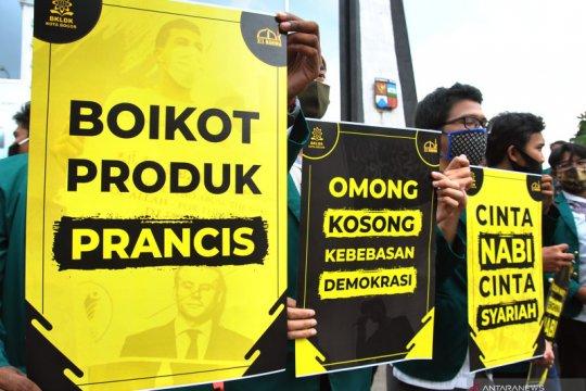 """Makna """"kecaman"""" dan isu boikot produk Prancis di Indonesia"""
